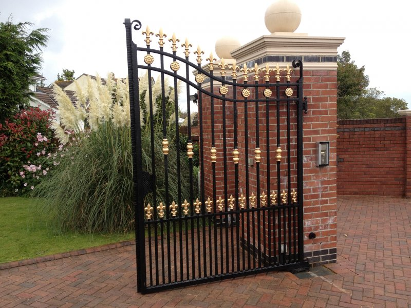 Automatic Gate Door Repair in Dubai
